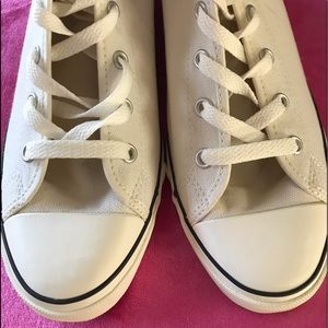 🌺Converse Wedge Sneakers